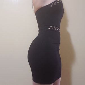 Bebe Midi dress. NEW WITHOUT TAG!!